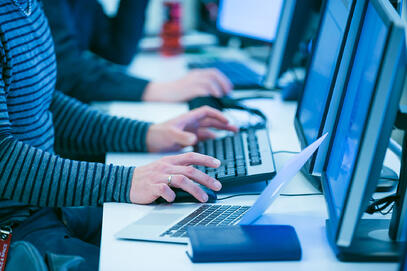 027-jykes-kyberturvallisuus-web-srgb-4573(1)