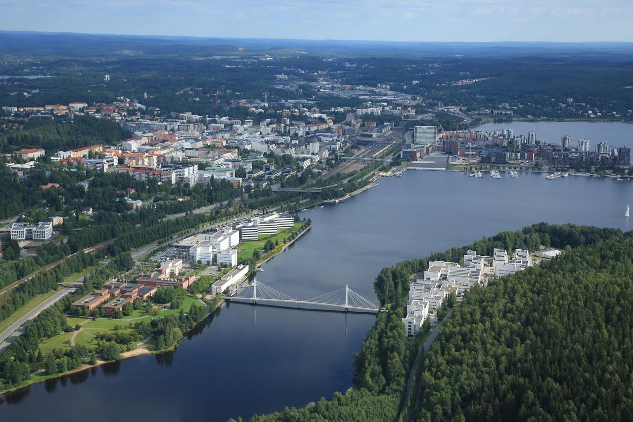 Jyväskylän yliopiston DI-koulutuksessa kohtaavat ICT ja ihmistieteet